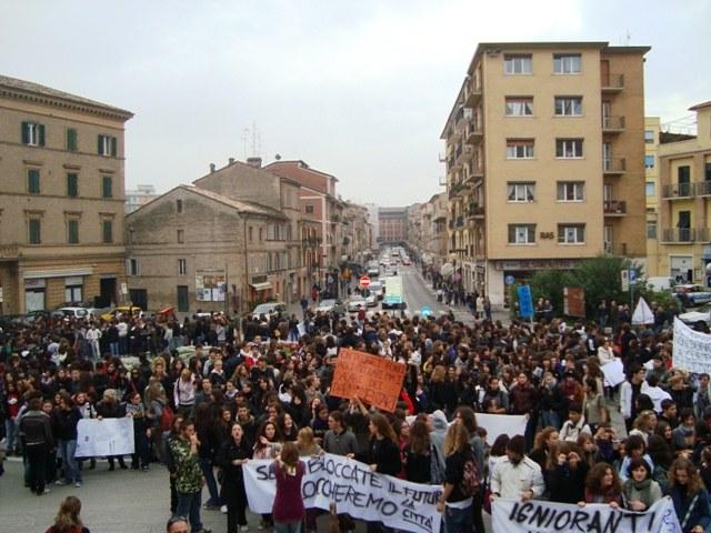 manifestazione-del-7-nov-2008-032