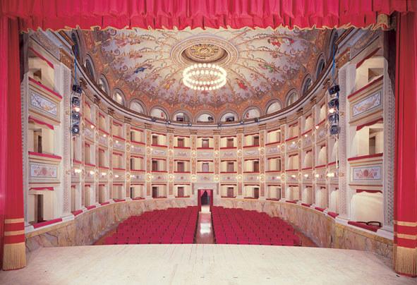 Il teatro Vaccaj prima del rogo