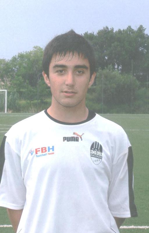 Marco Mancini  difensore della Robur Macerata