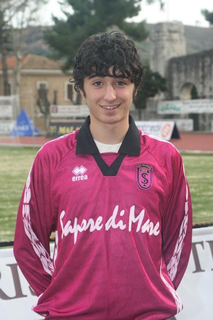 Nicola Malaccari centrocampista del Tolentino