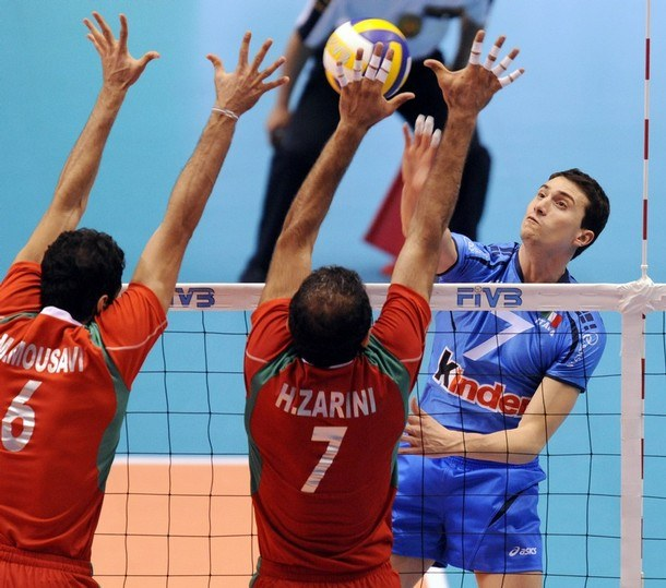 VOLLEY-OLY-2008-MEN-ITA-IRI