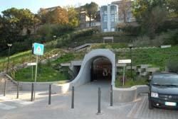 L'ascensore del parcheggio Garibaldi