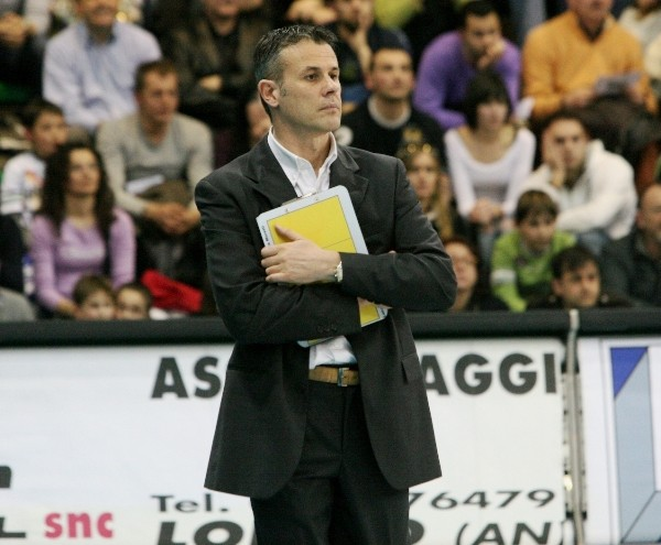 coach Luca Moretti 2