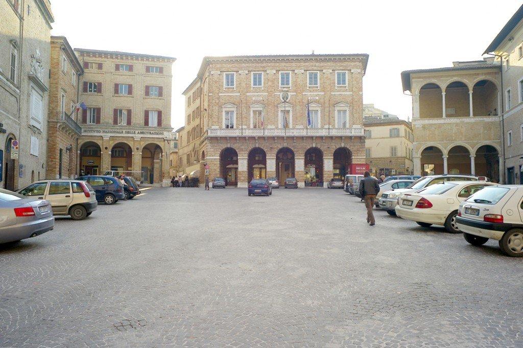Piazza della Libertà a Macerata