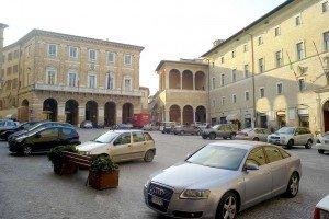 piazzadellalibertà2-picchio-300x200