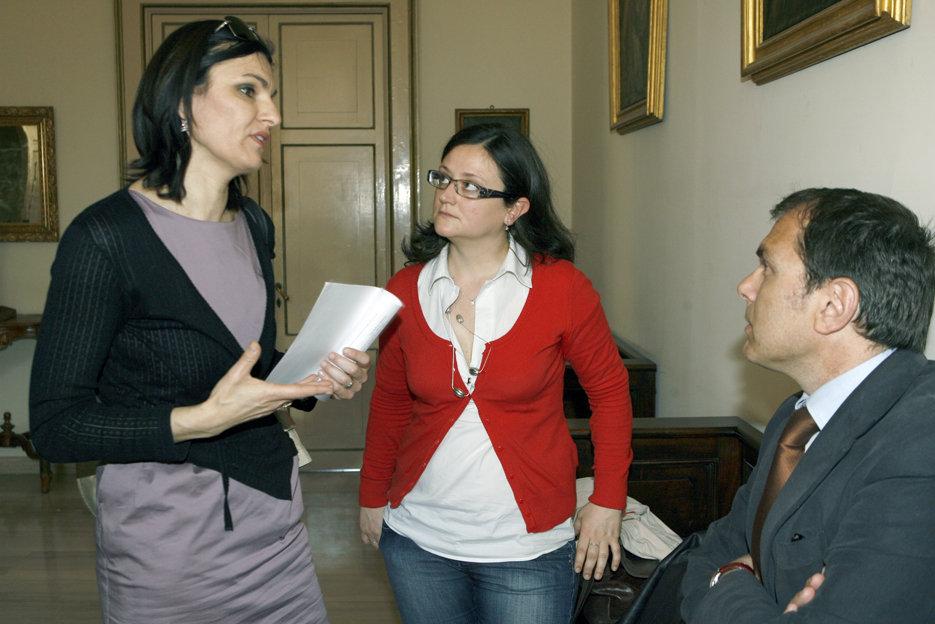 Stefania Monteverde con gli assessori Curzi e Blunno