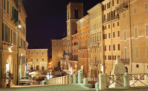 piazza-del-plebiscito-ancona