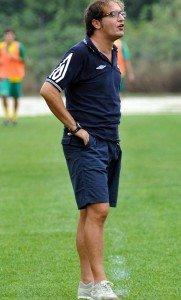 L'allenatore della Sangiustese Matteo Marcaccio