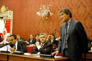 consiglio_comunale_12102010_20-300x200