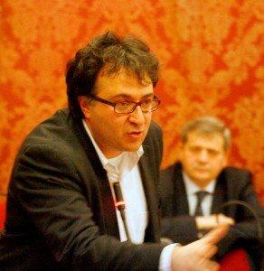 Consiglio_comunale_novembre_2010_01-292x300