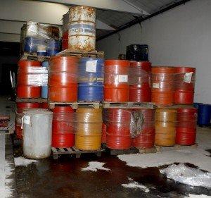 rifiuti-pericolosi-colbuccaro-2-300x281