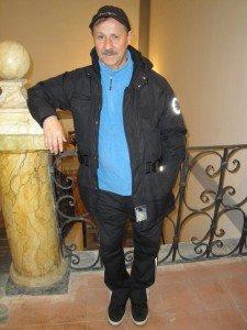 Alessandrini-ex-stella-della-Maceratese-anni-60-e-70-allinterno-della-Biblioteca-di-Corridonia-225x300