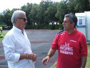 Romano-mengoni-a-sinistra-a-colloquio-don-il-DS-Gigi-Simoni