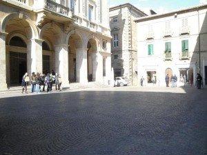 piazza-battisti2-300x225