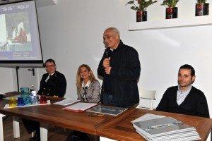 da-sx-tenente-di-vascello-Mario-Poli-CristianaMazzaferro-Massimo-Mobili-sindaco-Civitanova-Marche-Mauro-Canale-sport