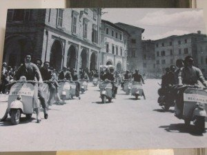 Vespa-Club-Recanati-2--300x225