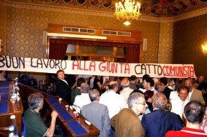 striscione_marangoni-2-300x199