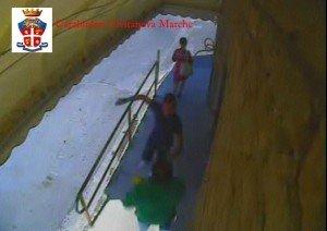 videosorveglianza-carabinieri-civitanova2-300x212
