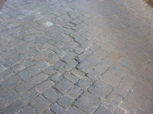 Via-Mozzi-strada-2-300x225