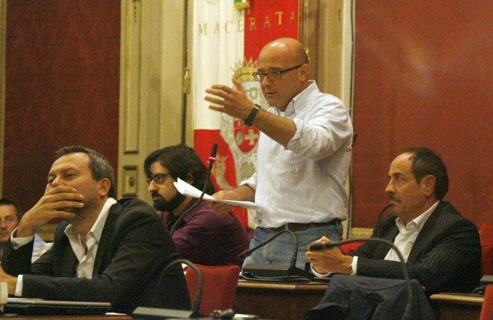 Michele Lattanzi (Pdci) in Consiglio comunale