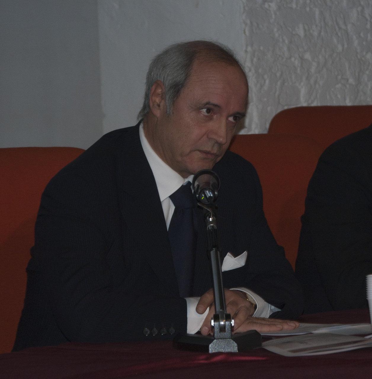 Il presidente di Fondazione Carima, Franco Gazzani