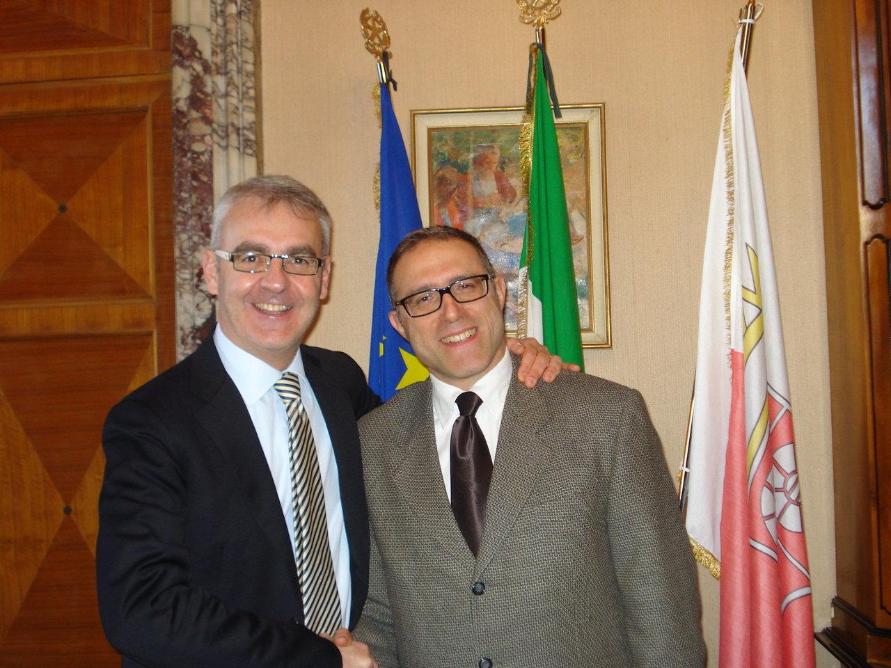 antonio-le-donne-con-il-sindaco-carancini_2gen12-11