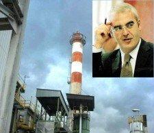 L'inceneritore del Comsari (nel riquadro il sindaco Carancini)