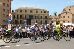 Giro-a-Macerata-foto-di-Carlo-Torresi-5-300x200