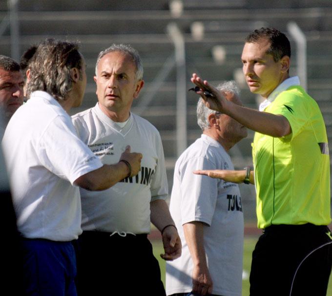 L'allenatore del Castelfidardo  Roberto Mobili