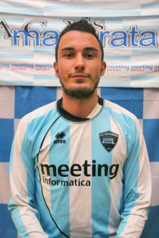 Il difensore della Vis Macerata Andrea Ballini
