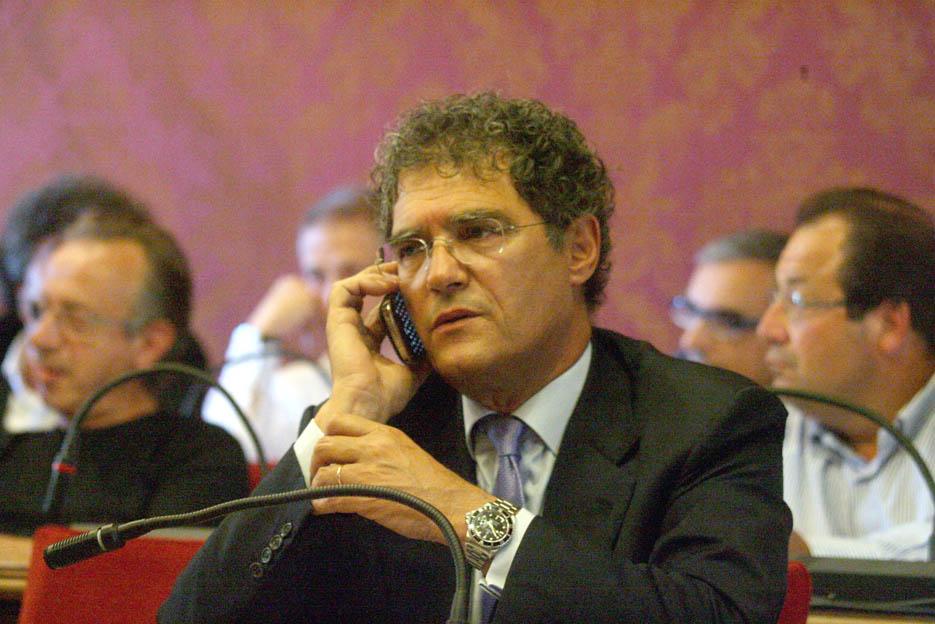 L'avvocato e consigliere comunale Pd, Bruno Mandrelli.