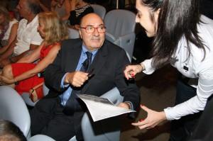 Dante Ferretti firma autografi al Teatro Lauro Rossi