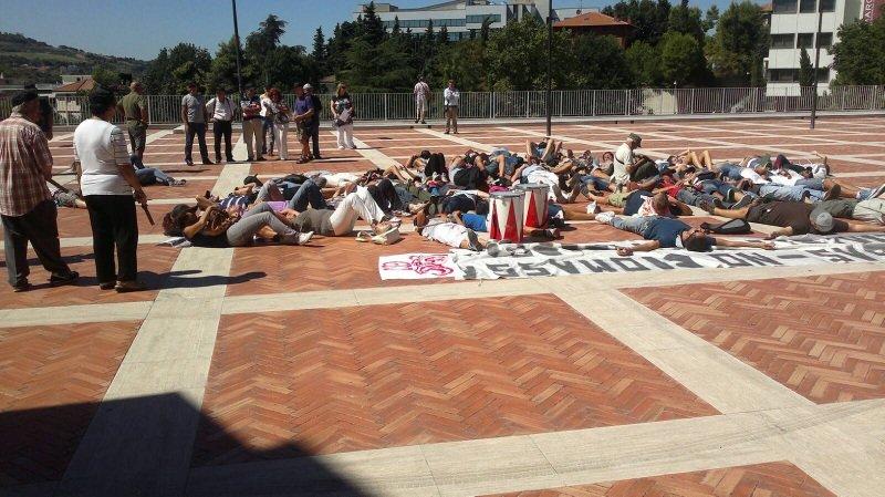 La protesta in Regione di ieri del Comitato di Petriolo