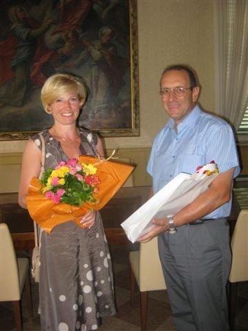 Il sindaco con una rappresentante del Comune di Skawina