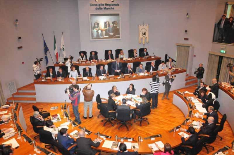 Il Consiglio regionale delle Marche