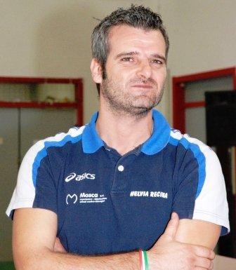 L'allenatore Sergio Innocenzi