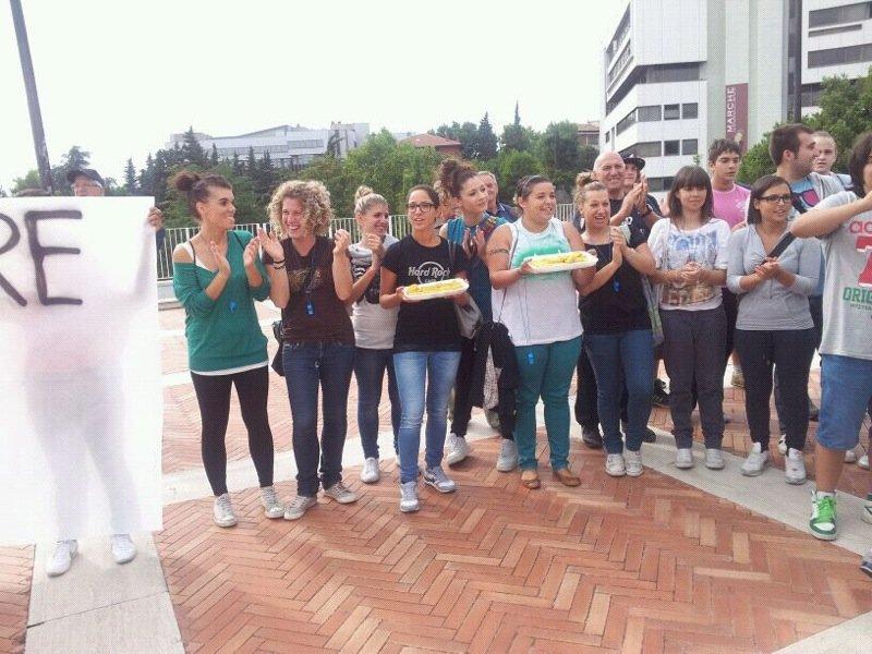 La protesta in Regione del  Comitato di Petriolo
