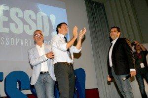 Matteo Renzi a Macerata sul palco del Cinema Italia  con i sindaci Carancini e Fiordomo