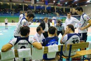 Coach Graziosi parla alla squadra