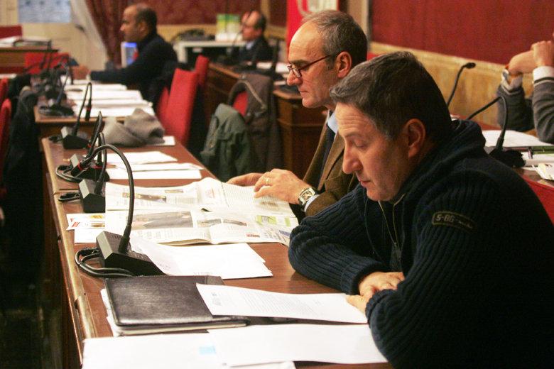 Luigi Carelli nei banchi del Pd. Ancora per quanto?