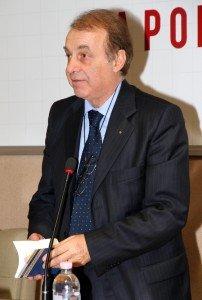 L'ex presidente di Confcommercio, Mario Volpini