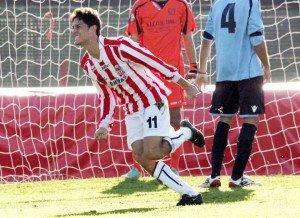 Federico Melchiorri esulta dopo il gol al San Cesareo
