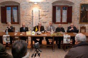 Il vescovo vecerrica con Francesco Merloni, Oscar Verdenelli e alla presentazione del libro su Mattei