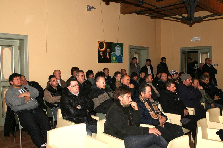 I lavoratori della ditta Calamante riuniti in assemblea