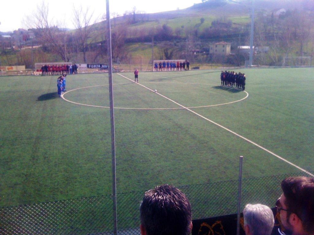 Minuto di raccoglimento Semifinale Coppa Marche Juve Club-Torre San Marco