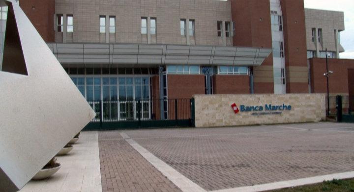 La sede di Banca Marche di Fontedamo a Jesi