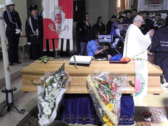 don_ennio_funerale (13)