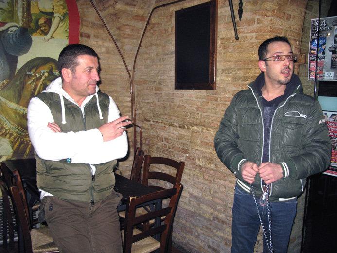Fabrizio Scagnoli (a destra) con l'avvocato Luciano Pacioni