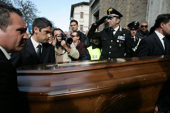 Funerale_suicidio_civitanova (21)