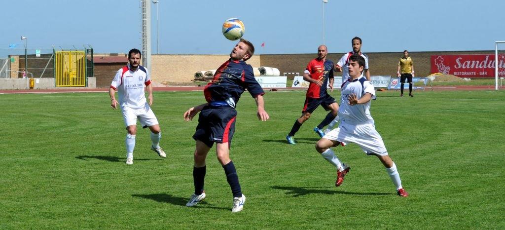 Nicola Moretti, autore del gol dell'1-1 ad Ancona